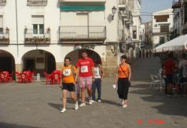 Más corredores en la plaza