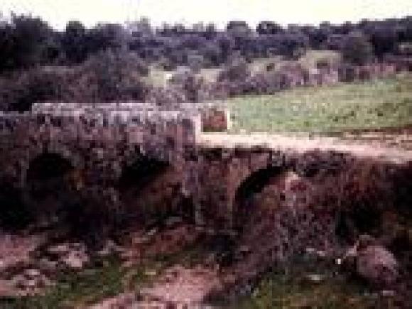 Restos del puente romano de Benquerencia